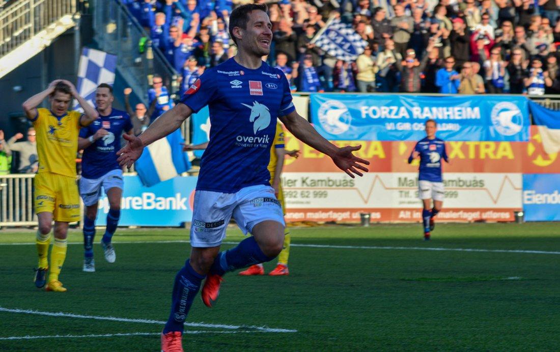 Det tok Mads 6 minutter å tegne seg for scoring da han kom tilbake etter skaden tidligere i vår. Her etter å ha satt sitt andre mot Haugesund. (Foto: Jørn Engberg)